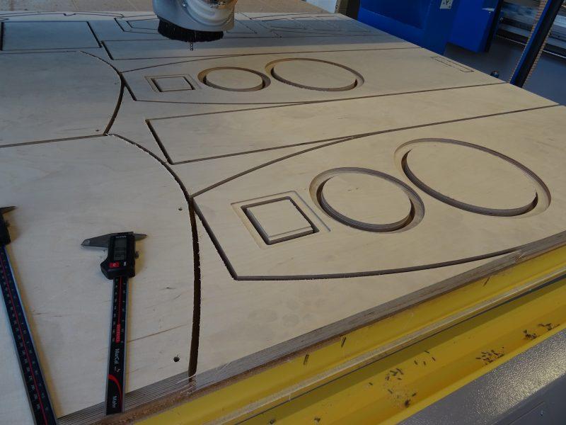 Schallwände auf der CNC-Fräse